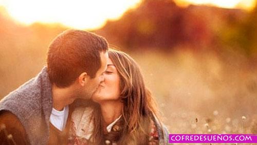 soñar con besarse o besos