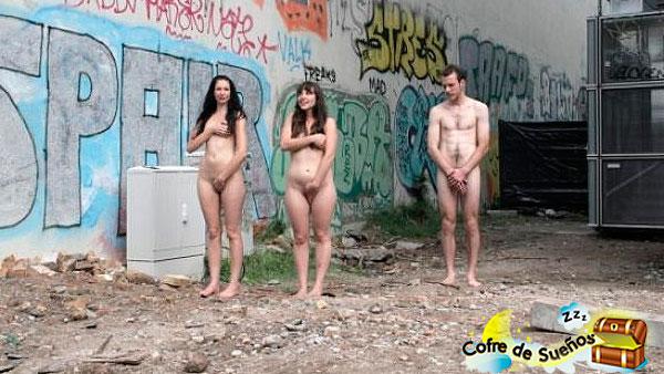 sonar que estas desnudo delante de gente