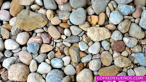 sonar con piedras