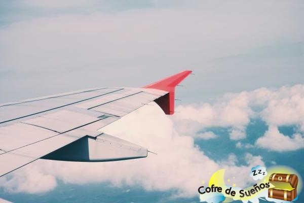¿Qué significa soñar que vuelas en avión?
